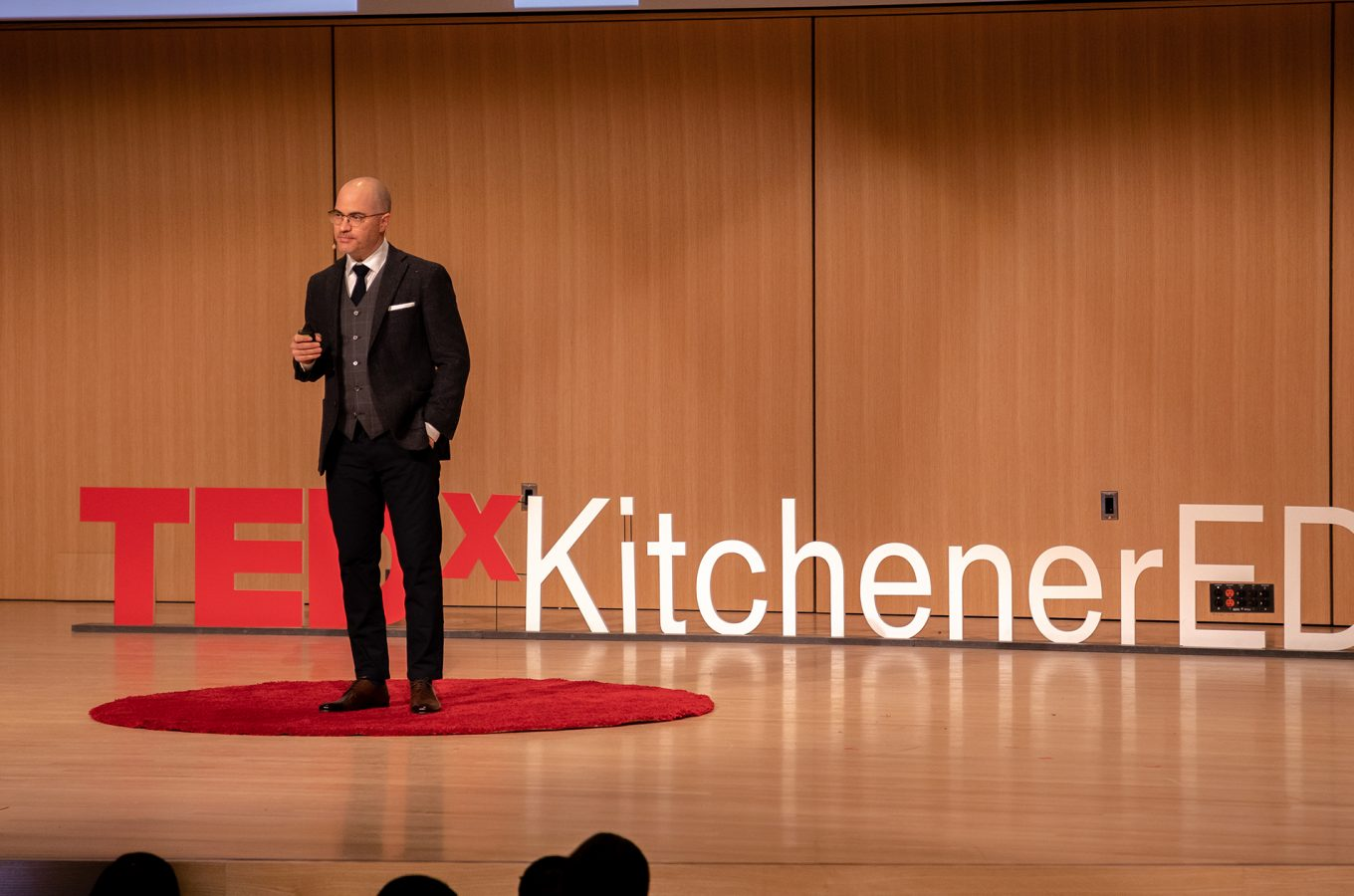 Why e-learning is killing education – Aaron Barth speaking at TEDxKitchenerED